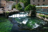 Staustufe der Sorgue in Fontaine de Vaclause